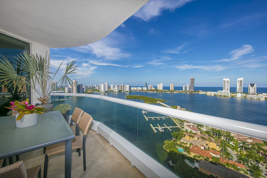 luxury condo in miami