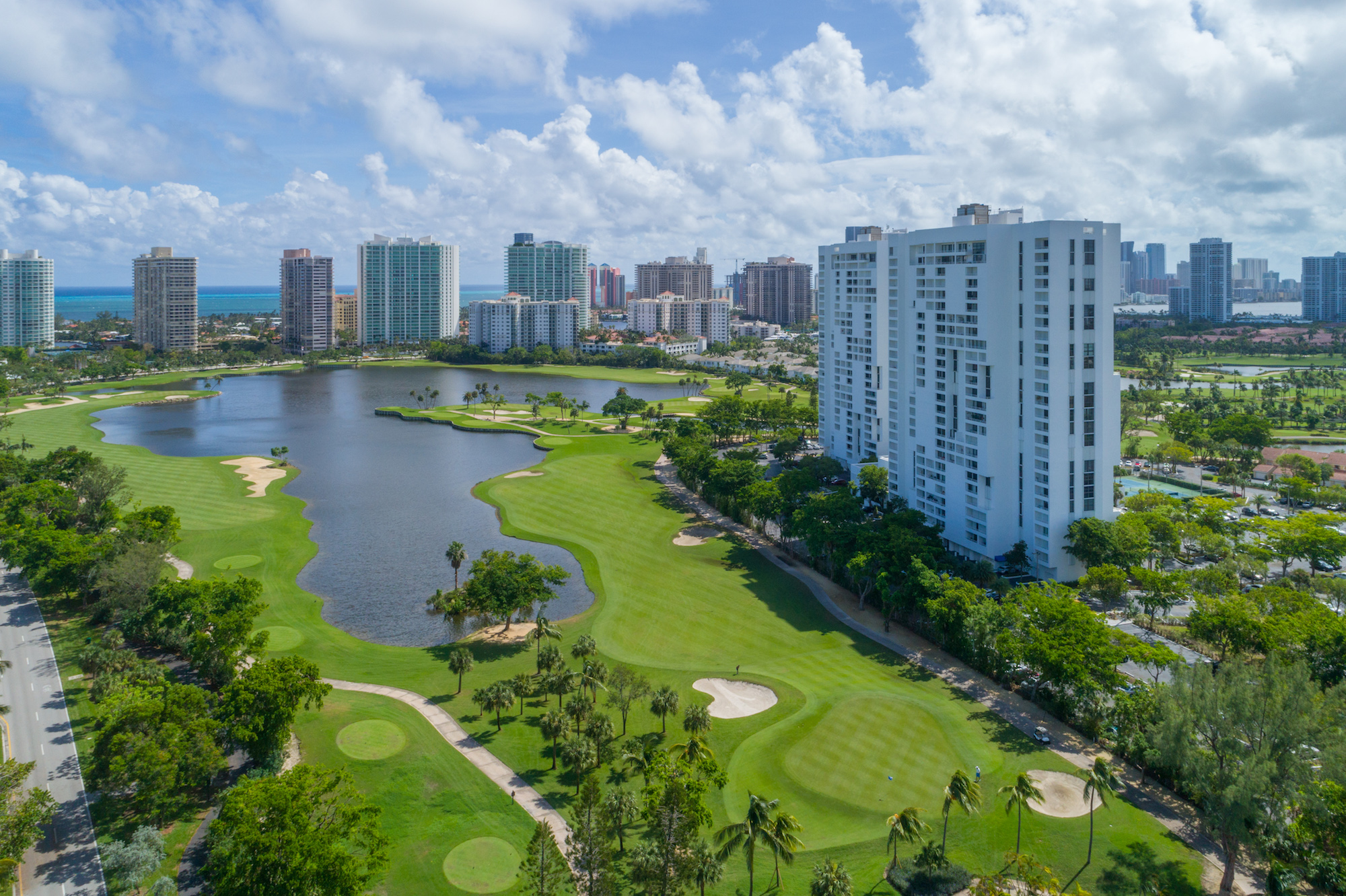 Beautiful overview of Turnberry Golf Course in Aventura, FL.